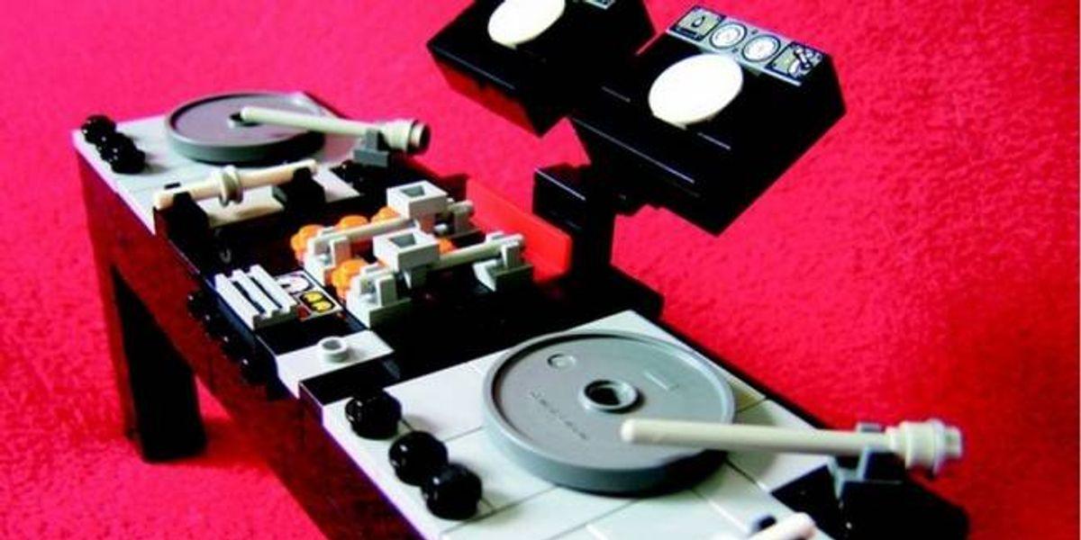 """""""Beautiful Lego"""", el libro de las esculturas de plástico"""