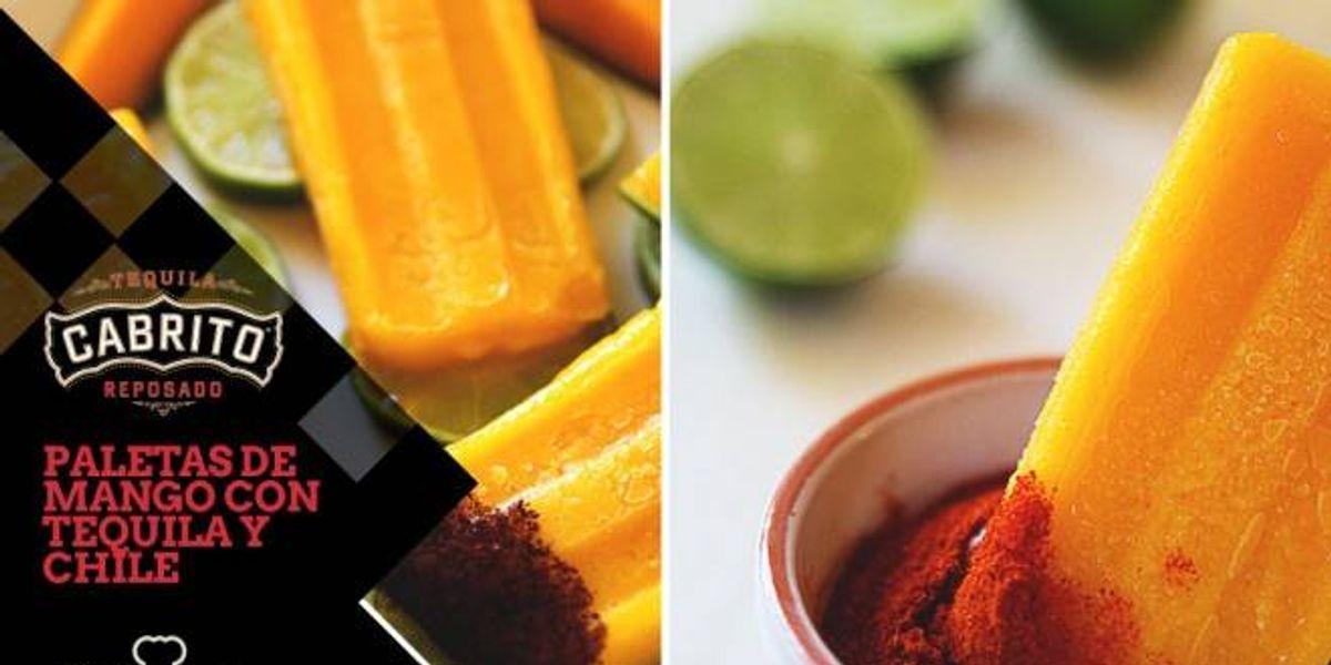 Paletas de mango con tequila y chile