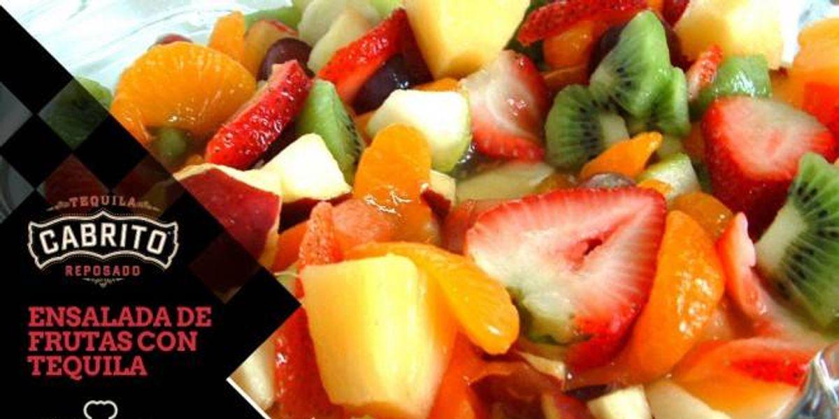 Ensalada de frutas con tequila