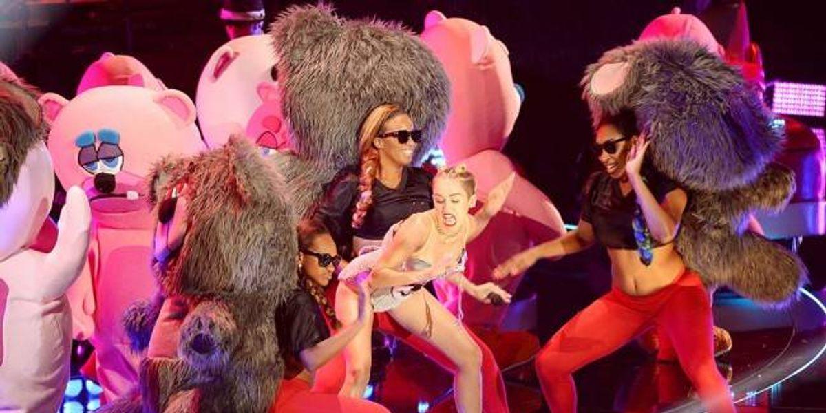 """Escucha """"Twerk"""", la nueva canción de Miley Cyrus y Justin Bieber"""