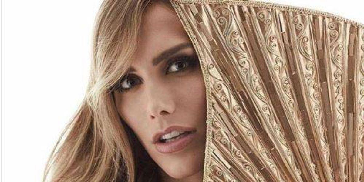 Con esta impecable pasarela Ángela Ponce reta al resto de sus compañeras a quitarle la corona del Miss Universo