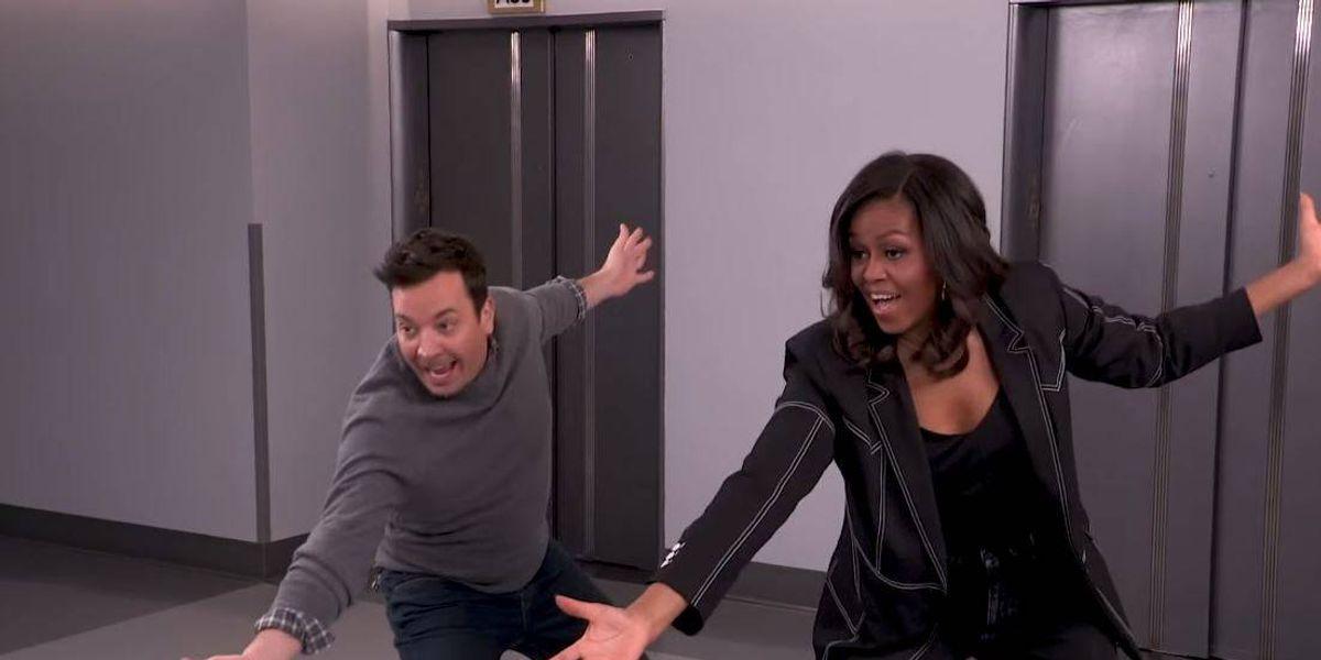 Mira la divertida broma de Michelle Obama a sus seguidores con Jimmy Fallon VIDEO