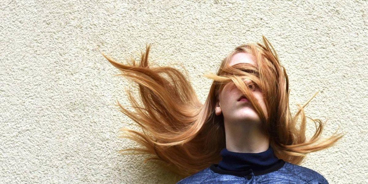 ¡Es momento de elegir! 10 estilos perfectos que puedes intentar en diciembre con tu cabello