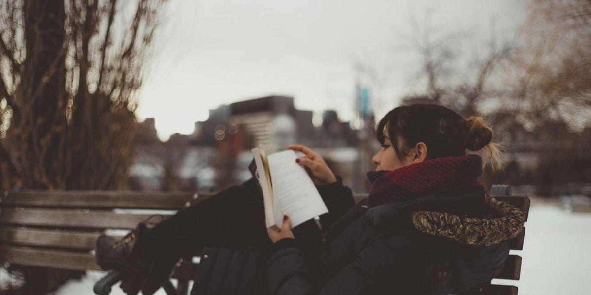 10 libros que tienes que leer antes de los 30 años cuando quieres encontrarle sentido a tu vida