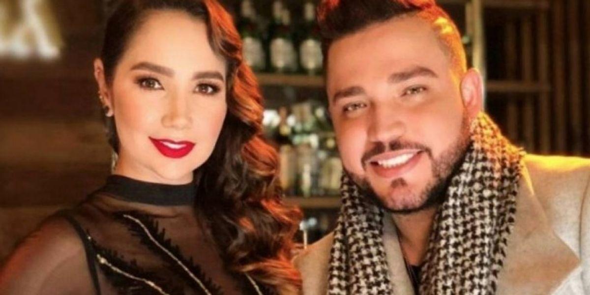 Jessi Uribe le declaro su amor a Paola Jara en medio de una fiesta