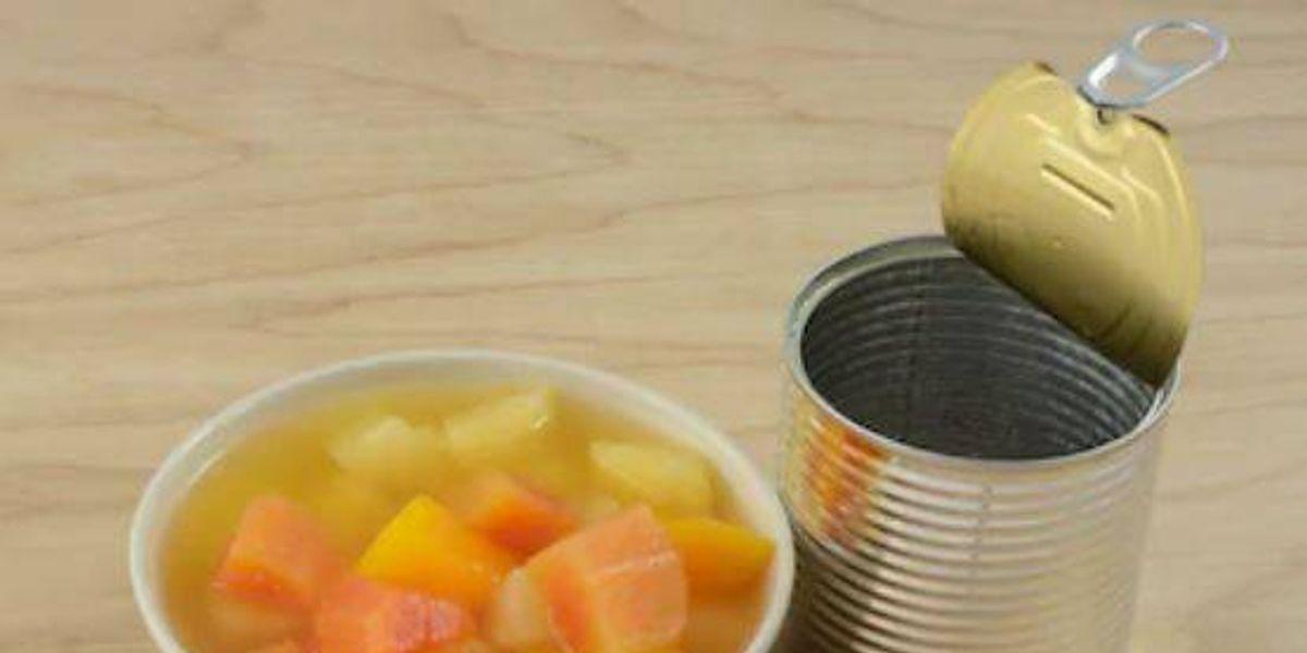 Comer frutas enlatadas es muy peligroso por estas razones