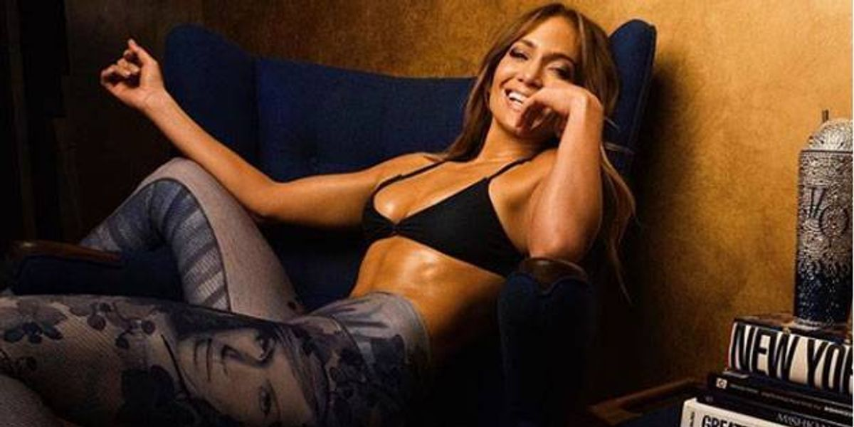 Jennifer López publicó una sensual foto en bikini junto a Alex Rodríguez