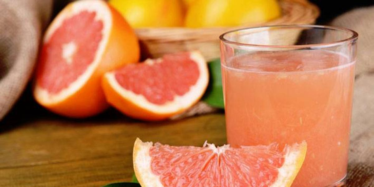 Bebida de toronja y pepino perfecta para bajar de peso