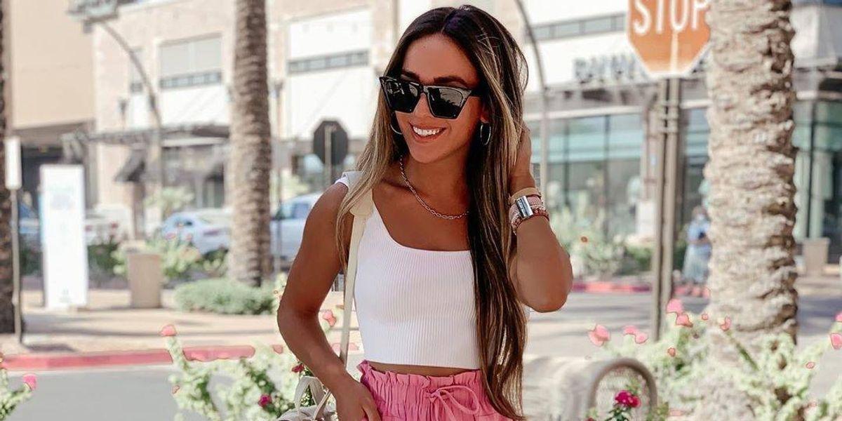 La manera de lucir más elegante en el verano sin renunciar a tus shorts