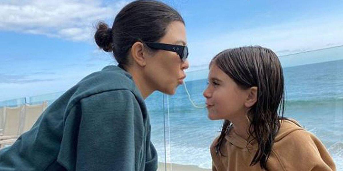 La valiosa lección que Kourtney Kardashian le enseña a su hija para convertirla en una mujer triunfadora