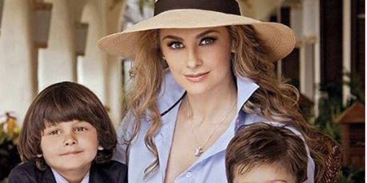 Aracely Arámbula muestra a sus hijos por primera vez en redes y son todos unos galanes como Luis Miguel