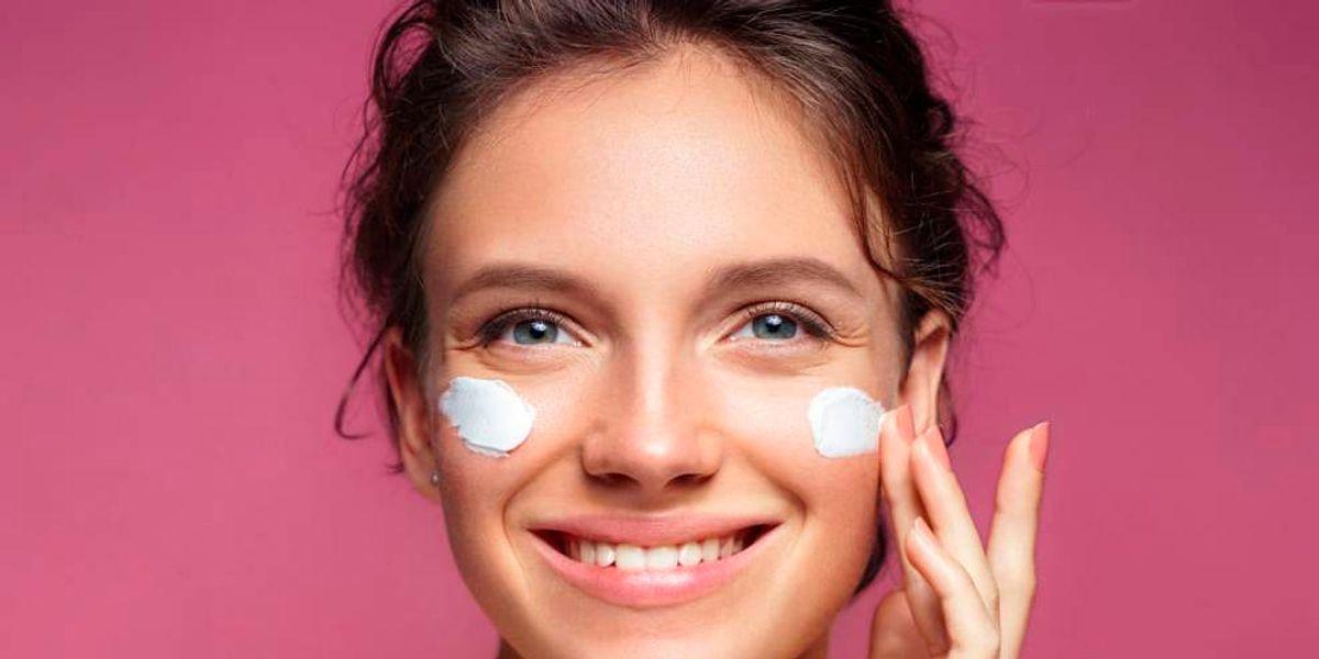 Mascarilla de yogurt y jitomate para rejuvenecer rápidamente el rostro