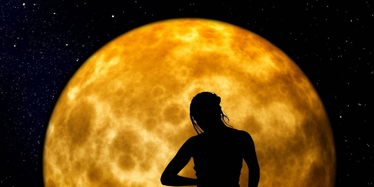 4 rituales de prosperidad para aprovechar la Superluna de mayo