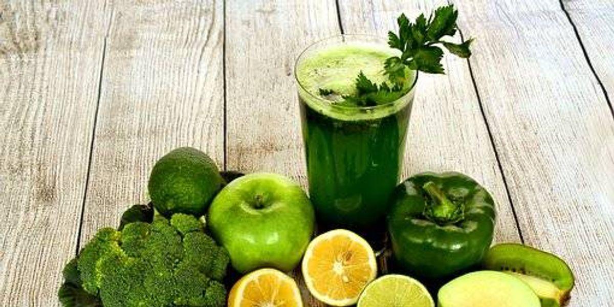 Jugos verdes detox para iniciar un estilo de vida saludable