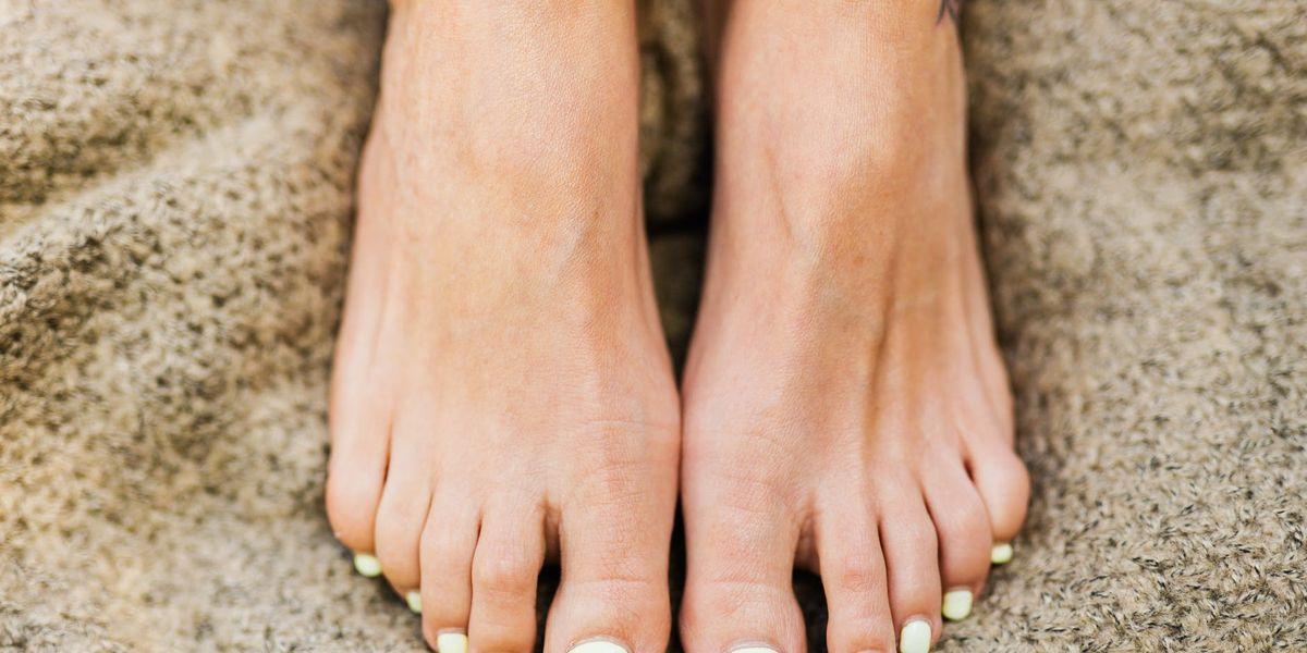 Colores de uñas para los pies que marcan tendencia este año
