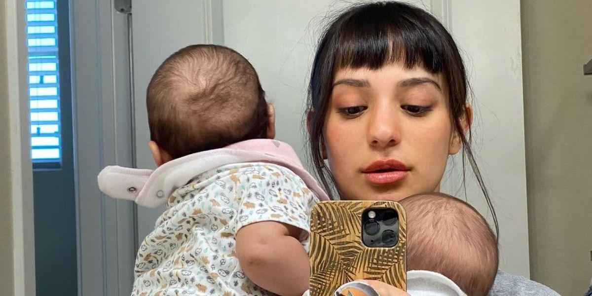 """Rocío Toscano fue """"30 segundos"""" al baño y mira lo que pasó con sus gemelos"""