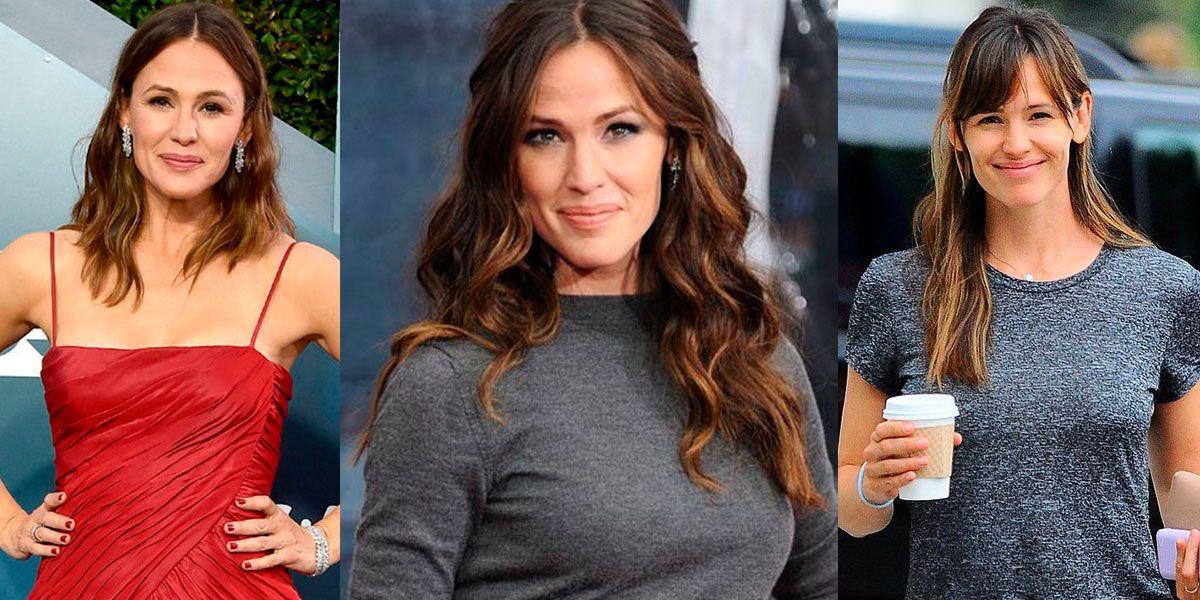 Jennifer Garner en jumpsuit y tenis impone tendencia cómoda y chic para mujeres de 40